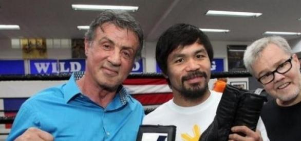 Stallone, Manny Pacquiao y su entrenador.