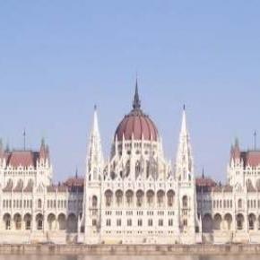 A Parlament az Egyesült Arab emírségből nézve