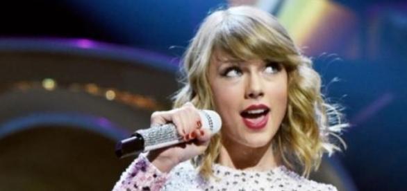 Taylor Swift într-unul din concertele sale