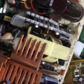 Les déchets électriques peuvent être dangereux.