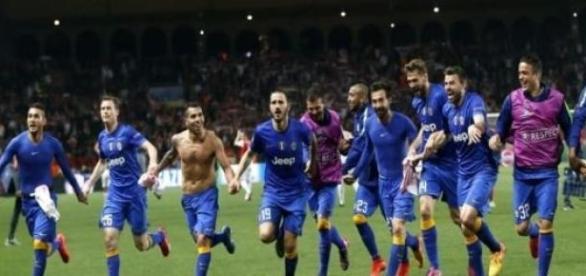 Juve-öröm a monacói stadionban