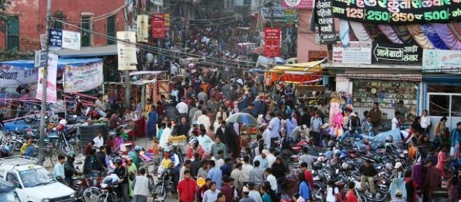 Earthquake: Kathmandu reduced to ruins, many dead.