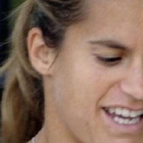 Mauresmo's baby news has led to Murray re-think