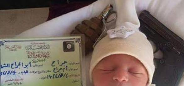 Primul copil îndoctrinat de ISIS