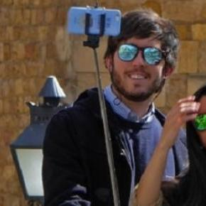 Wimbledon is to ban usage of selfie sticks