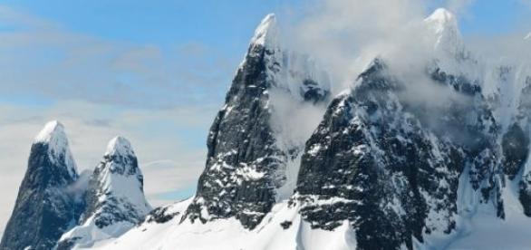 Olvadó jéghegyek és globális felmelegedés