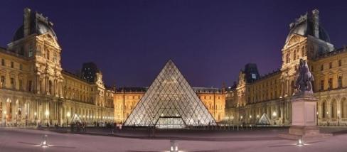 Fotó: Benh Lieu Song, Louvre éjszaka