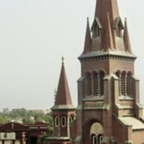Church in Karachi - Easter celebrations.