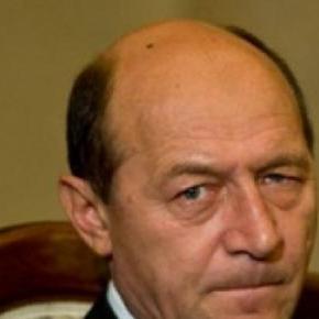 Traian Basescu, mereu critic