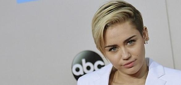 Miley Cyrus hat sich mit Patrick versöhnt.