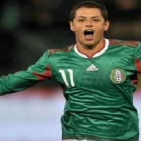 Liverpool se suma al interes por Chicharito