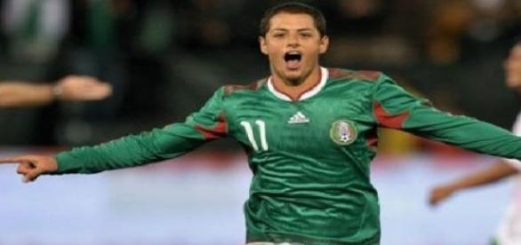 Liverpool se suma al interes por Chicharito