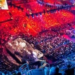 Rengeteg nézőt vonz az elektronikus sport.