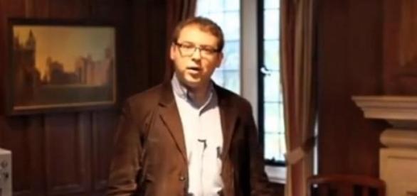 Dr Krzysztof Kozioł, Camridge Nanosystems (YT)