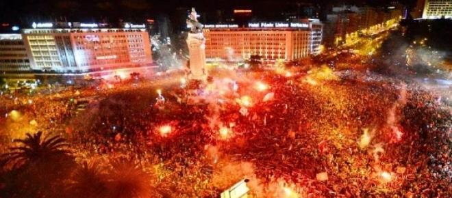 Adeptos do Benfica festejam o título em 2013/14