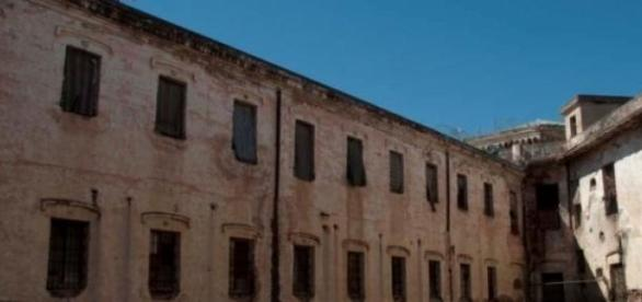 Detienen la demolición del ex Penal de San Martín