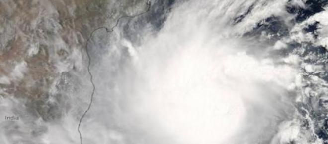 Cuerpo de huracán visto desde el espacio.