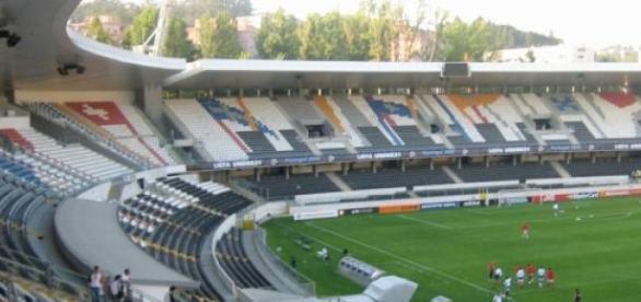 Vitória de Guimarães recebe o Benfica