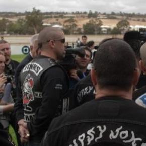 Întâlnirea unui club de motociclişti din Australia