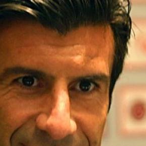 Luís Figo anunciou desistência nas redes sociais.