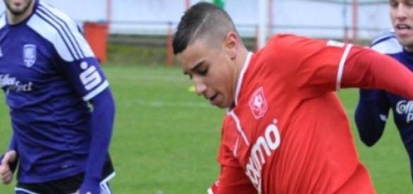 Bilal Ould-Chikh actua no Twente.
