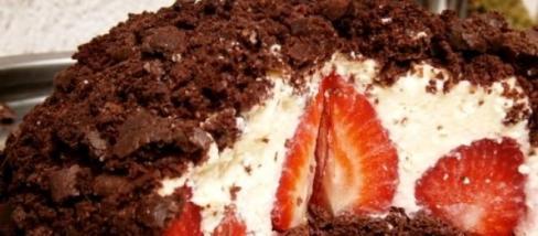 Alakbarát epres vakondtúrás torta