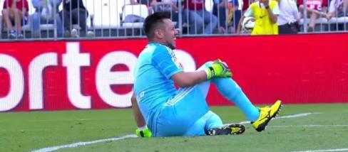 La lesión de Diego Alves costará 20 millones al Valencia CF
