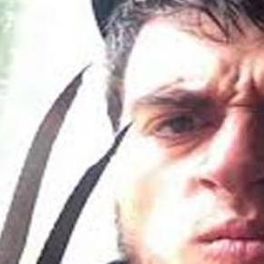 Un tânăr și-a ucis familia cu sânge rece