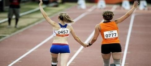 paralimpiai sportolók futóversenye