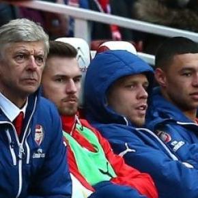 Wojciech Szczęsny na ławce w Arsenalu