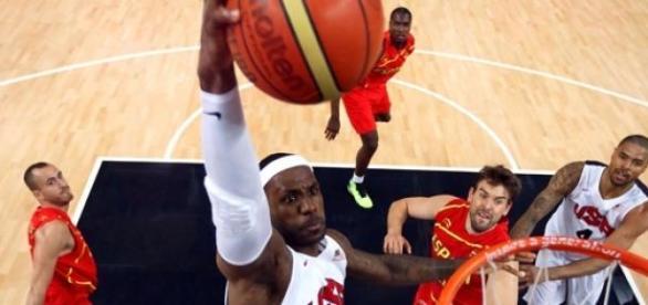 LeBron James gracz Cleveland Cavaliers