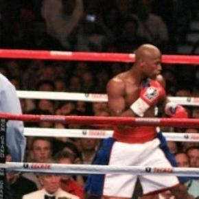 Floyd Mayweather Junior  vs. Marquez