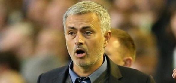 Mourinho imparável na Premier League.