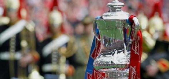 Komu wręczy trofeum Książe William?