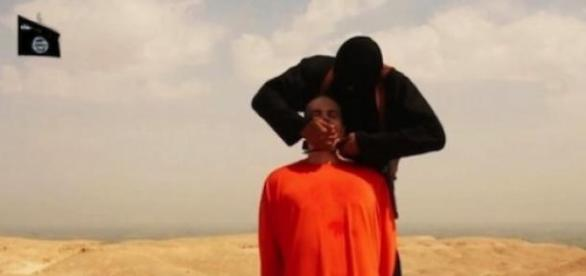 Miliant ISIS decapitat de un luptător creștin