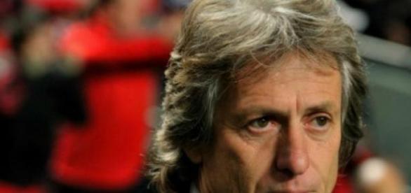 Jorge Jesus poderá continuar no Benfica