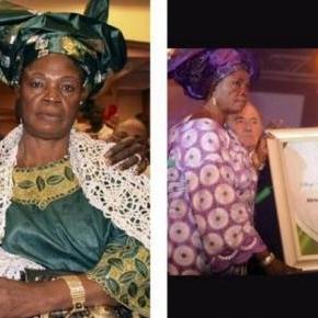 Adebayor com a mãe no facebook