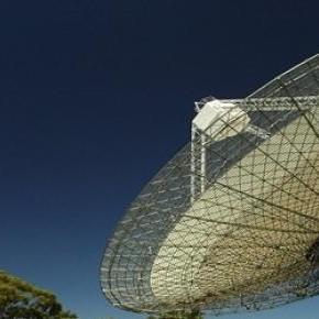Parkes rádióteleszkóp este