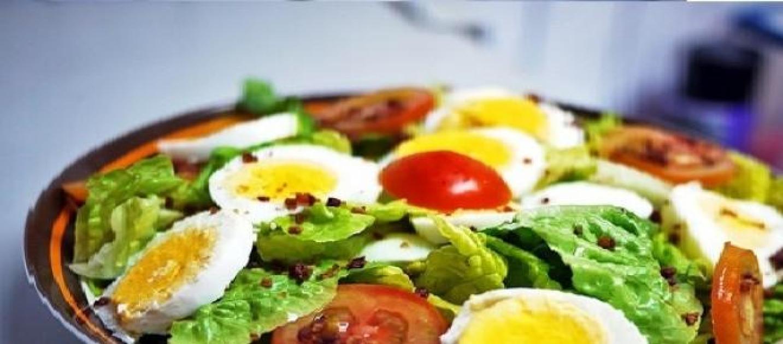 Mangiare uova con l insalata aumenta l assorbimento dei for Quali verdure possono mangiare i cani