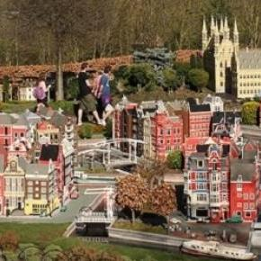 Legoland Windsor pay attention to detail