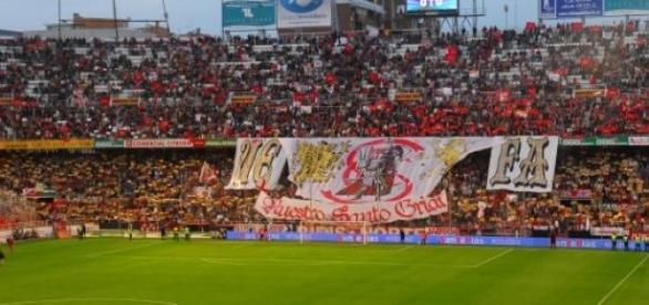 Sevilha e Fiorentina jogam para a Liga Europa
