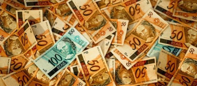 Abril teve uma retirada líquida de R$ 5,58 bilhões