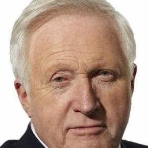 David Dimbelby wins election night