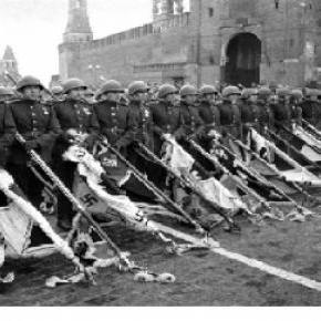 Ez a kép 1945. június 24-én készült Moszkvában