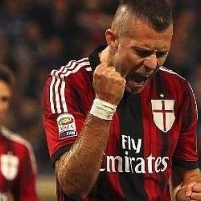 Támadósorát erősítené meg az AC Milan.