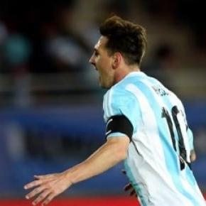 Golo de Messi não chegou para bater o Paraguai