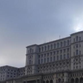 Parlamentul României a devenit casa hoţiei
