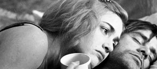 Ver películas en casa es un buen tip para superar una ruptura amorosa, aquí hay 5 fantásticas cintas que te levantarán el ánimo. Saber que todos vivimos una situación sentimental en crisis no importa la edad es muy reconfortante.