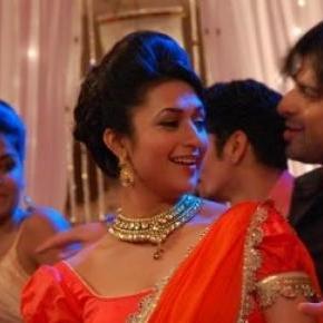 Divyanka and Karan Patel in Yeh Hai Mohabattein