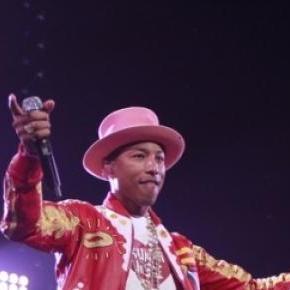 Pharrell William in concert